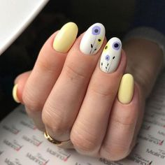 Look at the summer nail art design photos, choose the best idea for yourself and embody it boldly! Best option summer nail designs 2018 and 2018 nail art designs. Spring Nail Art, Nail Designs Spring, Cute Nail Designs, Spring Nails, Summer Nails, Yellow Nails Design, Yellow Nail Art, Cute Nails, My Nails