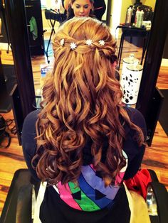 Half up half down prom updo with curls