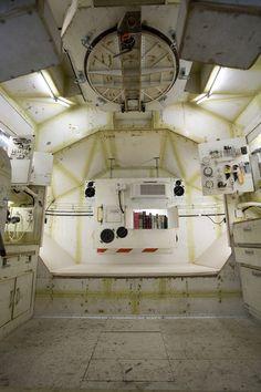 Tom Sachs: Exhibitions / SPACE PROGRAM (2007)
