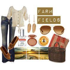 10 Picnics + What to Wear on Them: Farm Field Picnic