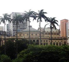 Teatro municipal de São Paulo, visão do viaduto do chá.