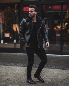 Full Black Outfit Men, Black Men, Kurta Pajama Men, Outfit Invierno, Man Dressing Style, Leather Jacket Outfits, All Black Looks, Casual Wear For Men, Best Wear