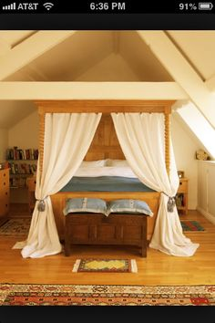 Four poster bed 1