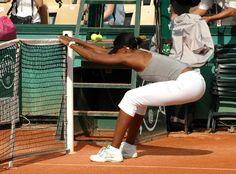 Venus Williams Roland Garros 2009 Venus Williams Roland Garros 2009 Venus williams à l'entrainement pendant l'édition 2009 du tournoi de tennis de Roland Garros . est l'un des quatre Grand Chelem. C'est actuellement le plus grand tournoi sur terre battue....