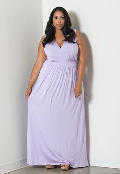 - THE FACTS - SIZING - FREE SHIPPING + RETURNS A beautifully fitted, plus size sleeveless maxi dress in gorgeous coral and navy. Skimming your hips just right for the perfect mix of sexy and sophistic
