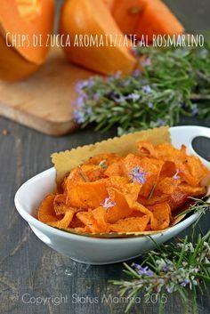 come preparare delle deliziose chips di zucca aromatizzate al rosmarino ricetta cucinare antipasto fingerfood vegetariano