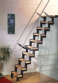 ÜP : échelle / escalier compact pour chambre ou grenier
