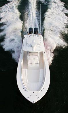 New 2013 - Regulator Boats - 34 Center Console Fishing Yachts, Sport Fishing Boats, Kayak Fishing, Fishing Stuff, Trout Fishing, Fishing Tips, Power Boats, Speed Boats, Mako Boats