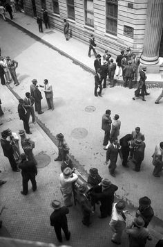 Ponto de encontro. São Paulo, ca. 1940   Hildegard Rosenthal