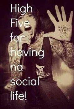 *high fives oli* ACCURATE #fangirlrelates