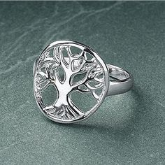 Sterling Tree of Life Ring (€96) ❤ liked on Polyvore featuring jewelry, rings, fancy jewelry, celtic jewelry, celtic rings, gothic pendants and celtic jewellery