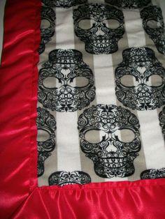 Skull baby blanket. Benjamin NEEDS this!