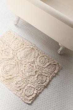DIY rug--love this for a shabby chic bath.