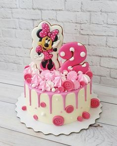 Bolo Da Minnie Mouse, Minnie Mouse Birthday Cakes, Minnie Cake, 3rd Birthday Cakes, Mickey Mouse Cake, Mickey Cakes, Dolly Varden Cake, Mini Mouse Cake, Friends Cake