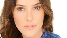 Britti meikkitaitelija Lisa Eldridgen videot ovat helposti seurattavia ja yksinkertaisesti loistavia!