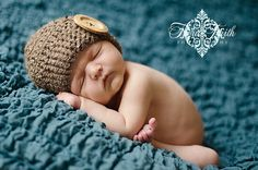 Crochet hat pattern. Includes 10 sizes with more than one preemie size!