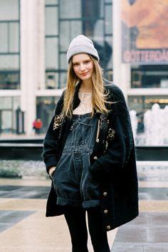 les-artiste:    Tilda Lindstam, after Philosophy di Alberta Ferretti, NYC - Fashion Week, February 2012.