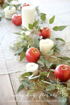 Easy 5 minute Thanksgiving or Christmas table setting that anyone can create without effort! Easy 5 minute Thanksgiving or Christmas table setting that anyone can create without effort! Deco Floral, Easy Entertaining, Deco Table, Thanksgiving Decorations, Apple Decorations, Holiday Decor, Thanksgiving Ideas, Thanksgiving Wedding, Christmas Decorations