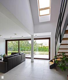 ATRAKCYJNY 1 - realizacja projektu - Hol / przedpokój, styl nowoczesny - zdjęcie od DOMY Z WIZJĄ - nowoczesne projekty domów