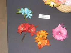 """""""Lovely Flower Origami"""" by Yamaguchi Makoto"""