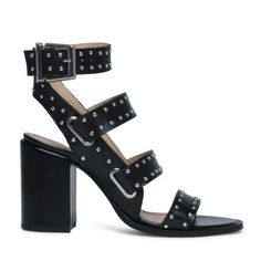Sandalen met hak studs | More on Fashionchick.nl
