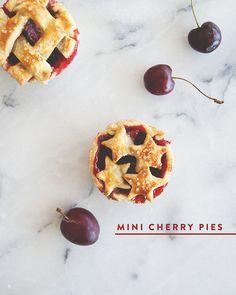 MINI CHERRY PIES // The Kitchy Kitchen