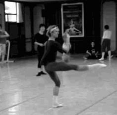 Semyon Chudin in class at Universal Ballet, South Korea ♥ www.thewonderfulworldofdance.com