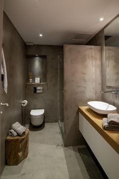 ¡Espectacular! Baño realizado por el equipo de Clysa. Microcemento en color gris. #baños #diseño #bathroom #design
