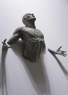 Hyperreal Human Replicas  Bruno Walpoth Chisels Life-Like Statues Using Lime & Walnut Wood