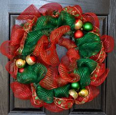 Traditional Red Green and Gold Christmas by WelcomeHomeWreath