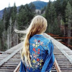 Exploring with @uoportland this Sunday in the Woodstock Embroidered Denim Jacket from Kimchi Blue. @wolfskn #UOonYou