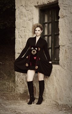 """Asymmetrical dress with large pockets and applique """"teddy bear"""""""