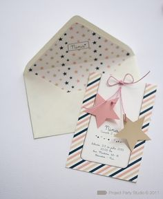 What a cute idea for an invitation! So easy to do it! ;)