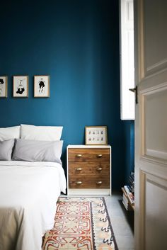 House Tour: A Mix of Special Pieces in Valencia | Apartment Therapy