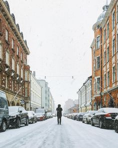 ineverstoppedlooking THAT HKI STATE OF MIND ❄️ // The last few weeks here in Helsinki has had us snowed in and grabbing our best winter clothes. A good change. As long as it doesn't last too long. Winter Clothes, Winter Outfits, Blue Ridge Mountains, Helsinki, Wanderlust, Street View, Change, Urban, Instagram Posts