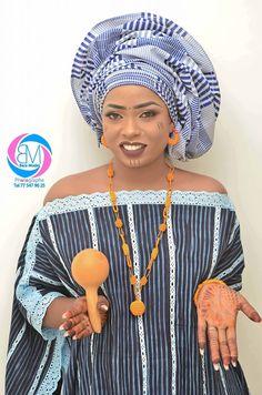 ( 50 Photos ) Découvrez les belles images du Mariage Vip de Mme Diallo au village de Mampatim près de Kolda - Dakarbuzz African Lace, African Wear, African Dress, African Traditional Wedding, African Fashion Dresses, Sissi, Yams, Couture, Chic