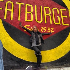 Kim Richards from Real Housewives of Beverly Hills loves Fatburger!