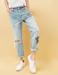 Jeans Relax Fit cactus bordados - null - Bershka Mexico