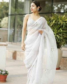 #NusratZahan Indian Wedding Gowns, Indian Gowns Dresses, Saree Wedding, Bridal Dresses, Fancy Blouse Designs, Saree Blouse Designs, Indian Attire, Indian Outfits, Indian Wear