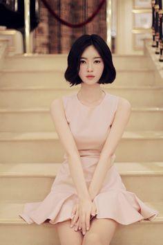 Feminidad y belleza coreana.