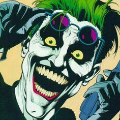 When after 5 hours of waiting in front of an hotel the celebrity shows herself. - Visit to grab an amazing super hero shirt now on sale! Joker Comic, Joker Batman, Joker Cartoon, The Joker, Dc Comics, Batman Comics, Comic Book Villains, Comic Books Art, Comic Sans