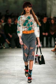 Пуловер и юбка из ангоры Prada Fall 2017 Menswear