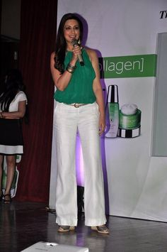 Sonali Bendre launches Oriflame Ecollagen | PINKVILLA