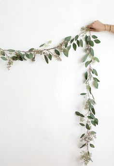 Holiday garland for decoration