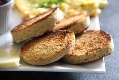 Najjednoduchší keto chlieb z mikrovlnky Baked Potato, French Toast, Brunch, Low Carb, Bread, Baking, Breakfast, Ethnic Recipes, Food