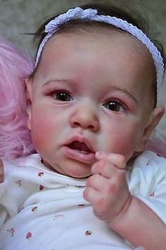 """Reborn Baby Doll girl  """" Saskia """"  from Bonnie Brown , so real and beautiful !"""