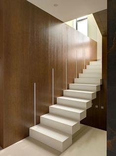 Escalier droit et escalier tournant en 95 designs superbes