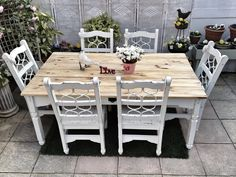 Oak shabby chic table and chairs