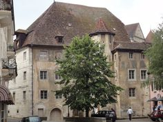 Zaugg's House in Porrentruy - Switzerland Voyage Europe, Travel Europe, Switzerland, House Styles, Home, Homes, Haus, Houses, At Home