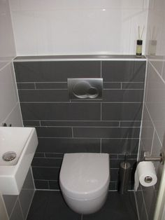 Tegelfloor - Breda - tegels - toilet. Small Toilet Room, New Toilet, Small Bathroom, Wc Design, Bath Design, Office Bathroom, Downstairs Toilet, Dream Bathrooms, Bathroom Interior Design